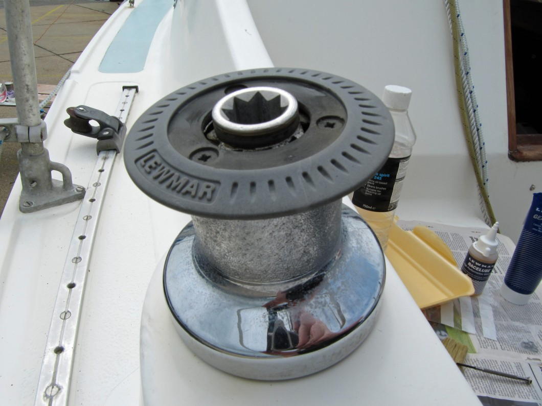 Service Lewmar Winches